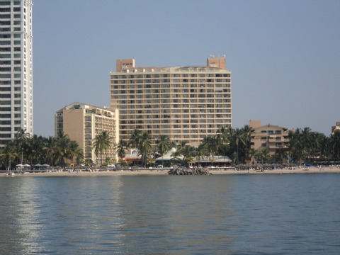 Holiday Inn All Inclusive beach